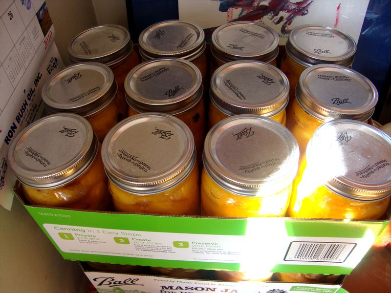 "Mom's canned ""itchy peaches""- peach halves with vanilla bean"
