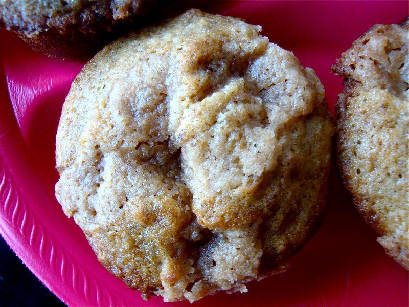 Cinnamon-pecan crumb muffins