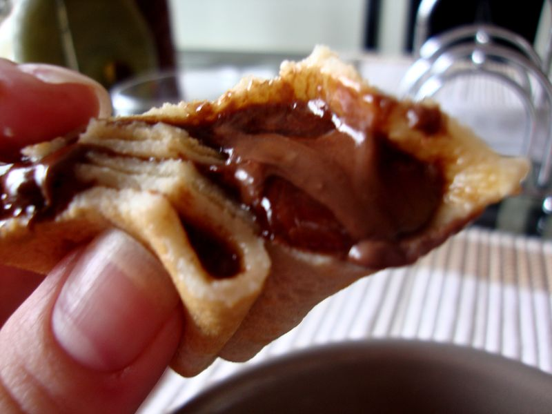 Nutella-filled crêpe