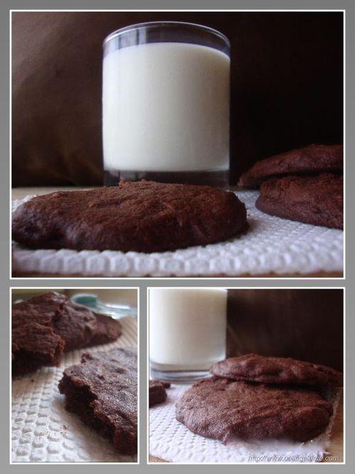 Brownie-like cookies with milk chocolate chunks