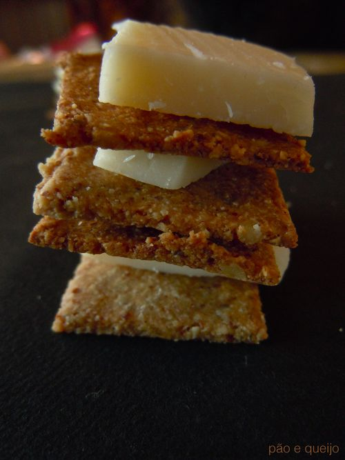 Rosemary walnut crackers with sea salt