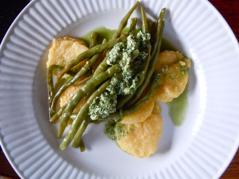 Polenta cakes with green beans and gremolata