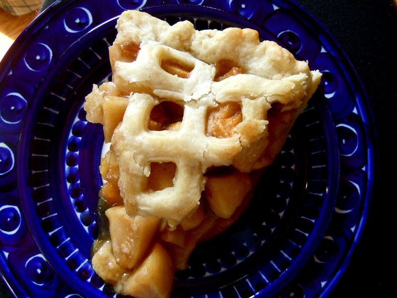 Naturally sweetened apple pie