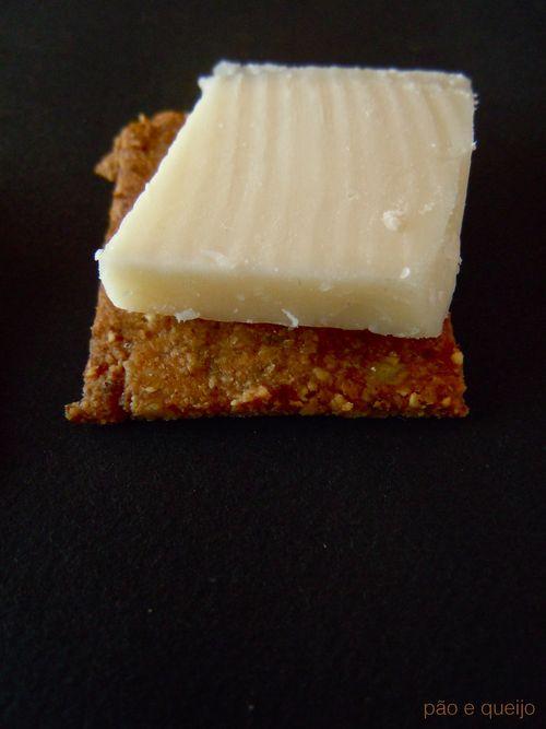Rosemary walnut crackers with sea salt